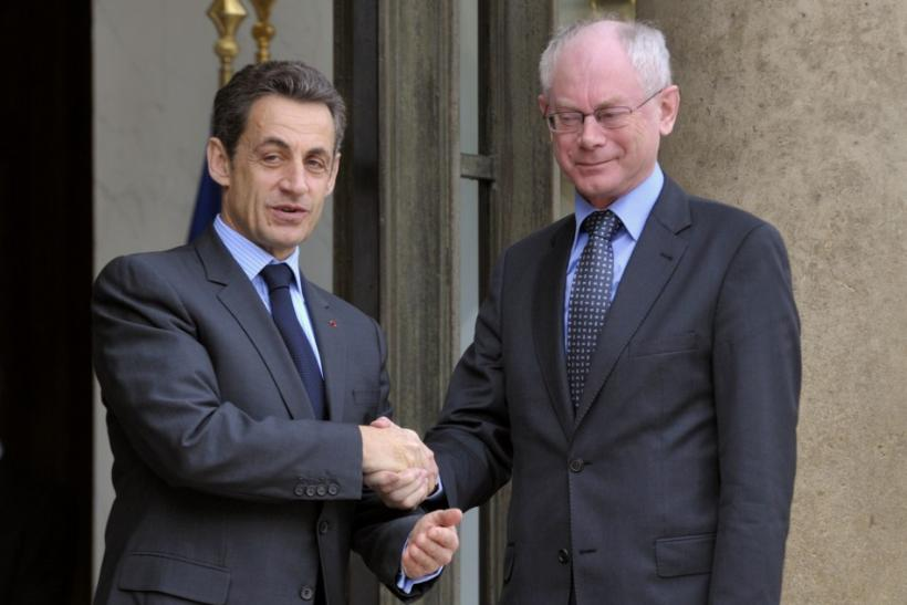 According to various media reports, French President Nicholas Sarkozy will to European Union (EU) leaders that they coordinate targeted air strikes on Moammar Gaddafi's command headquarters in Libya to prevent his forces from carrying out more destruction
