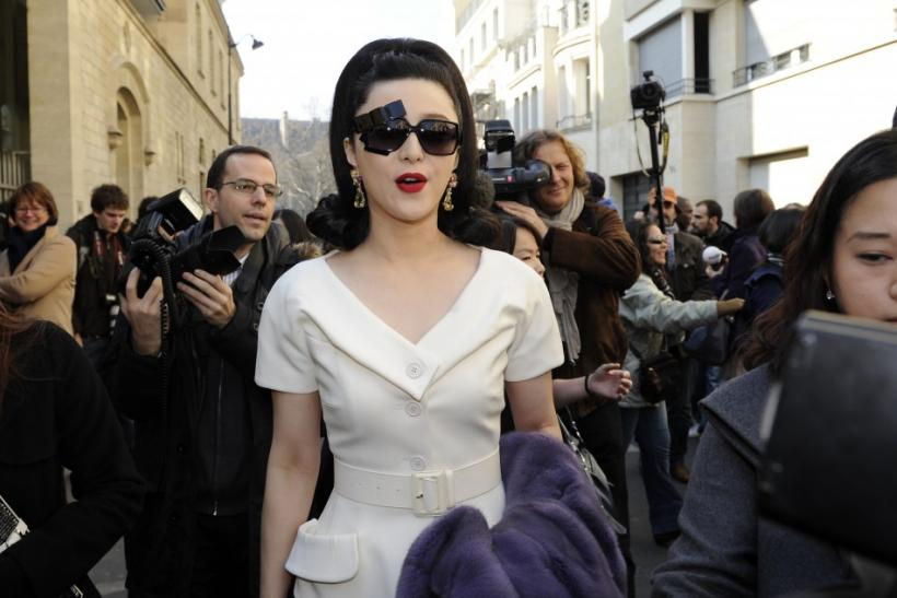 Celebs spotted at the 2011 Paris Fashion Week.