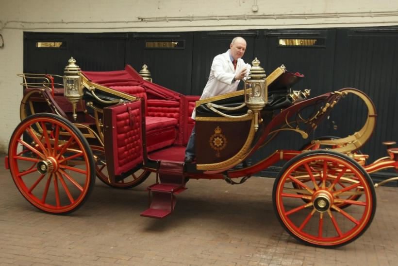 Glimpse of the wedding carriages for the Royal Wedding.