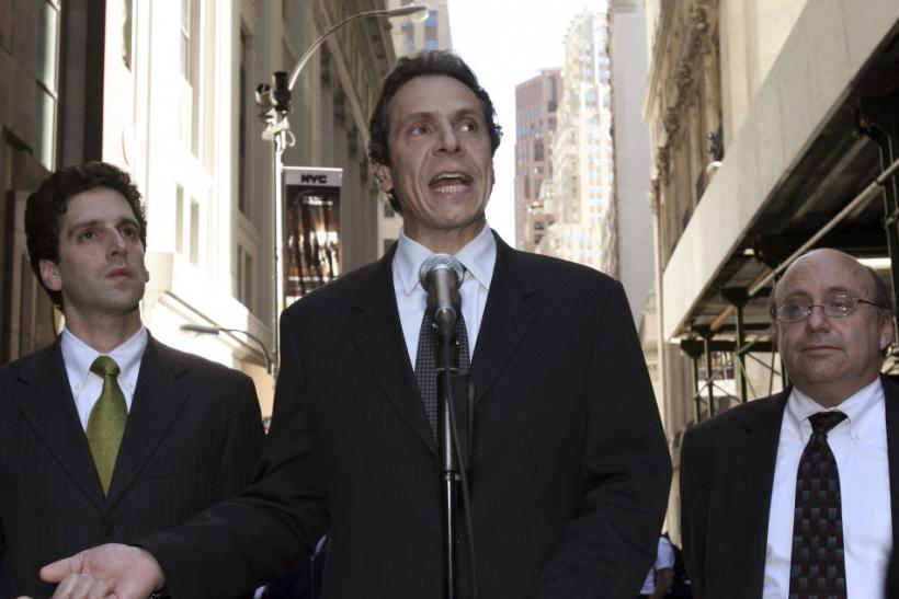 Andrew Cuomo and Benjamin Lawsky (L)
