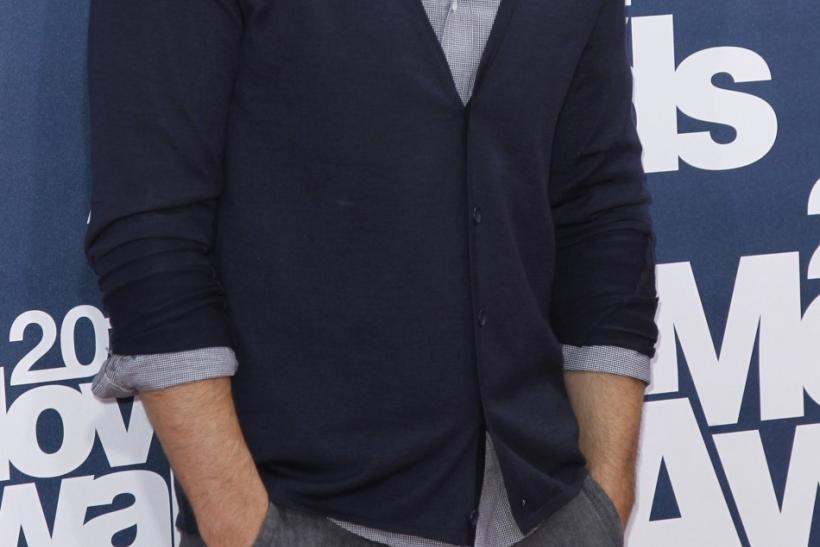 Actor Ryan Reynolds arrives at the 2011 MTV Movie Awards in Los Angeles June 5, 2011.