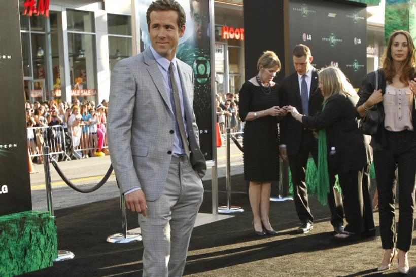 "Cast member Ryan Reynolds poses at the premiere of ""Green Lantern"" at the Grauman's Chinese theatre in Hollywood, California June 15, 2011. The movie opens in the U.S. on June 17."