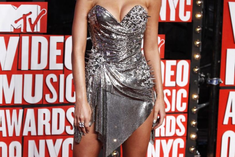 Singer Katy Perry arrives at the 2009 MTV Video Music Awards in New York
