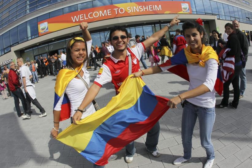 Supporters of Colombia arrive for their team