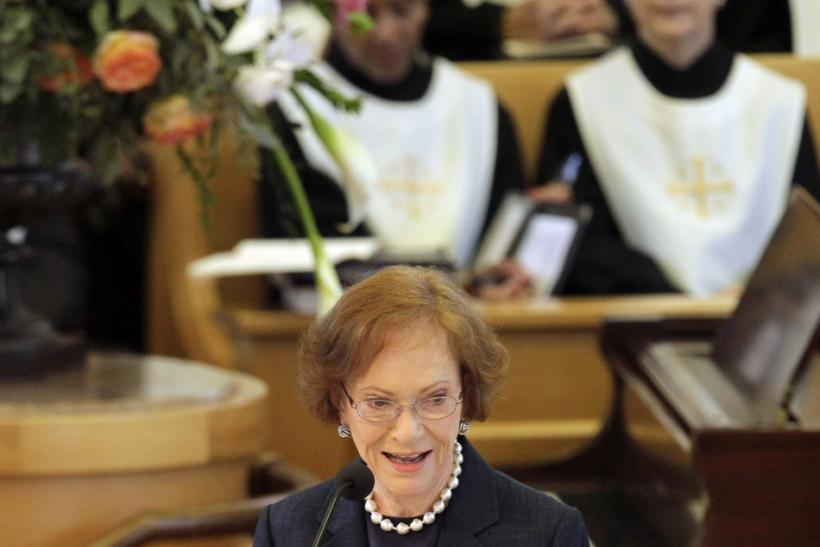 Rosalynn Carter delivers a eulogy during the funeral for Betty Ford at St. Margaret's Episcopal Church in Palm Desert