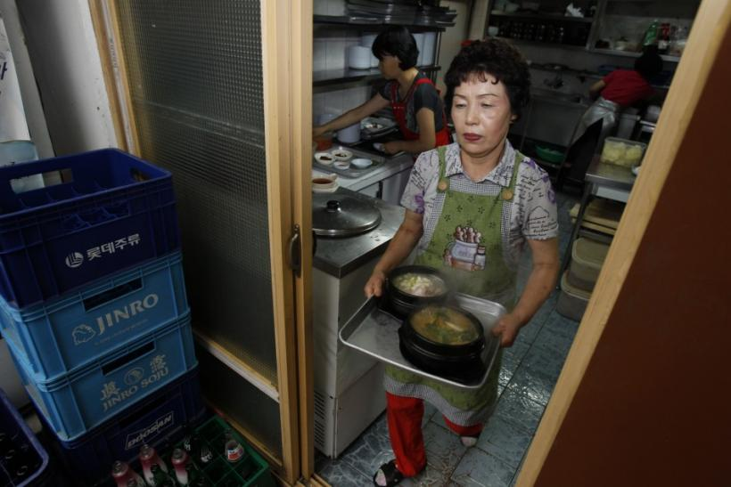Beat the summer heat with dog meat, South Korean cuisine (Photos)