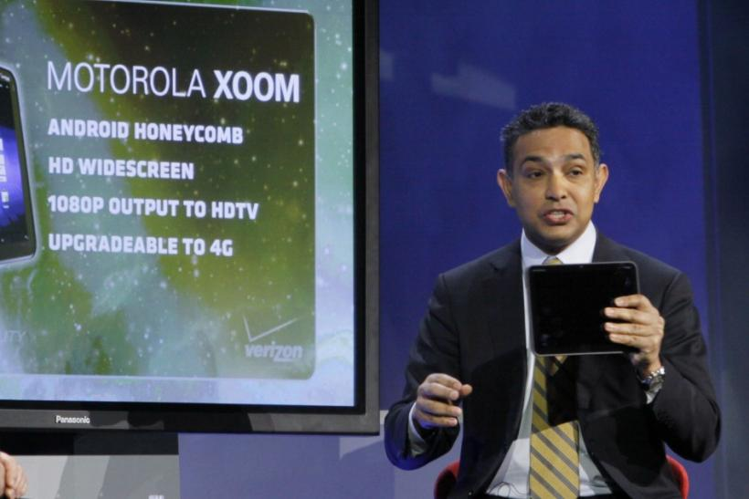 Motorola Mobility CEO Sanjay Jha shows the company's new Xoom tablet at the Verizon keynote address on the opening day of the Consumer Electronics Show (CES) in Las Vegas January 6, 2011.