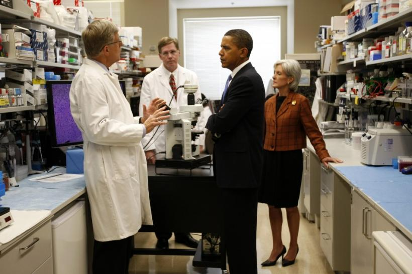 U.S. President Barack Obama and Health & Human Services Secretary Kathleen Sebelius