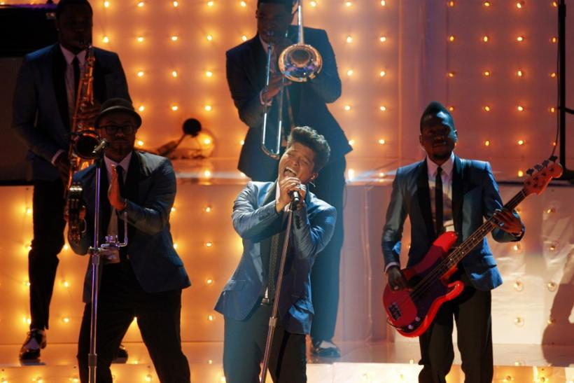 Singer Bruno Mars performs during a Amy Winehouse tribute at the 2011 MTV Video Music Awards in Los Angeles