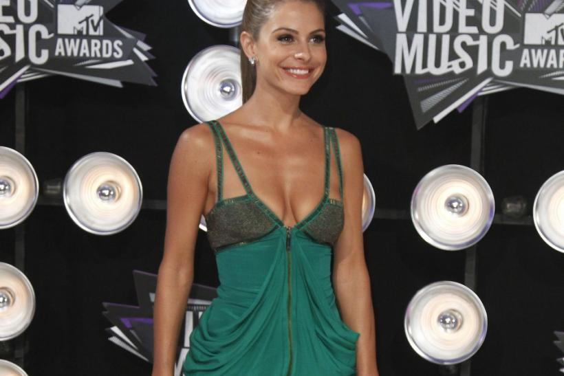 TV personality Maria Menounos arrives at the 2011 MTV Video Music Awards in Los Angeles
