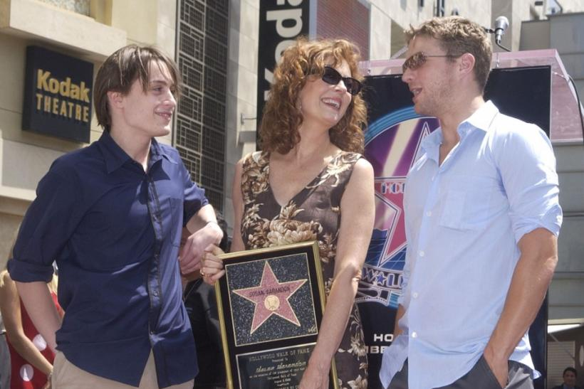 "Oscar-winning actress Susan Sarandon (C) poses with her co-stars Kieran Culkin (L) and Ryan Phillippe in the film ""Igby Goes Down"" during a ceremony honoring Sarandon with the 2,202nd star on the Hollywood Walk of Fame in Los Angeles, California"