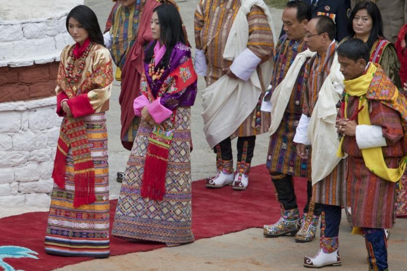 Future queen Jetsun Pema (L) walks towards the Punkaha Dzong to take part in her wedding to King Jigme Khesar Namgyel Wangchuck in Bhutan's ancient capital Punakha