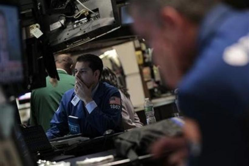 Dow rises 1 percent, energy shares gain