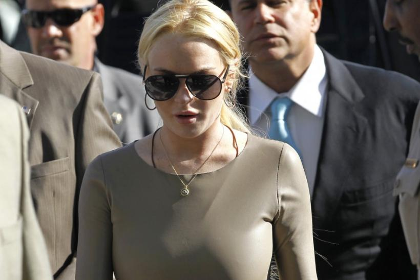 Lohan arrives at Airport Courthouse in Los Angeles
