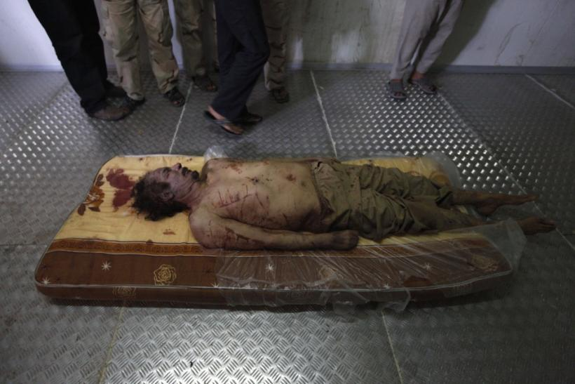 Moammar Gadhafi Dead: Final Moments Captured Before the 'Mad Dog' Died [GRAPHIC PHOTOS]