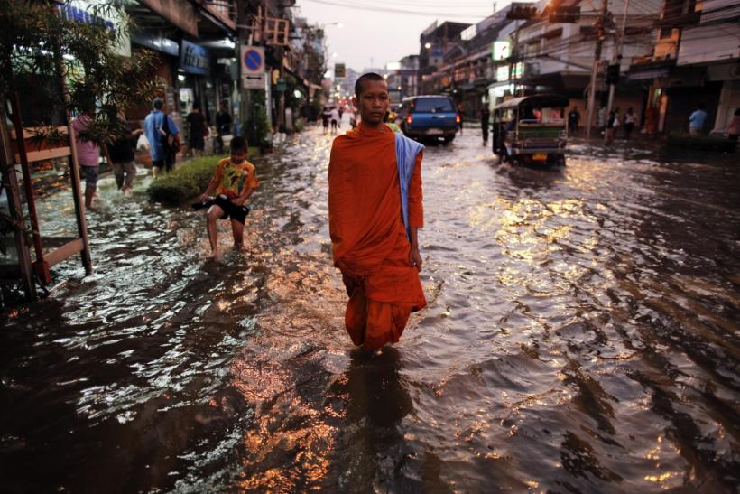 Thailand Floods: A Third of the Country Under Water; $30 Bn Loss to Economy