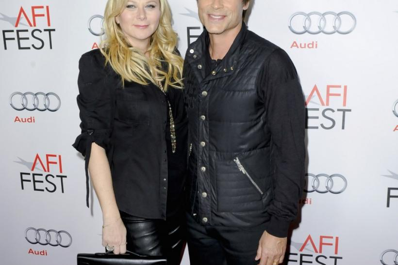 """Actor Rob Lowe (R) and wife Sheryl Berkoff (L) arrive at the premiere of """"I Melt With You"""" during the AFI FEST Film Festival in the Hollywood area of Los Angeles, California"""