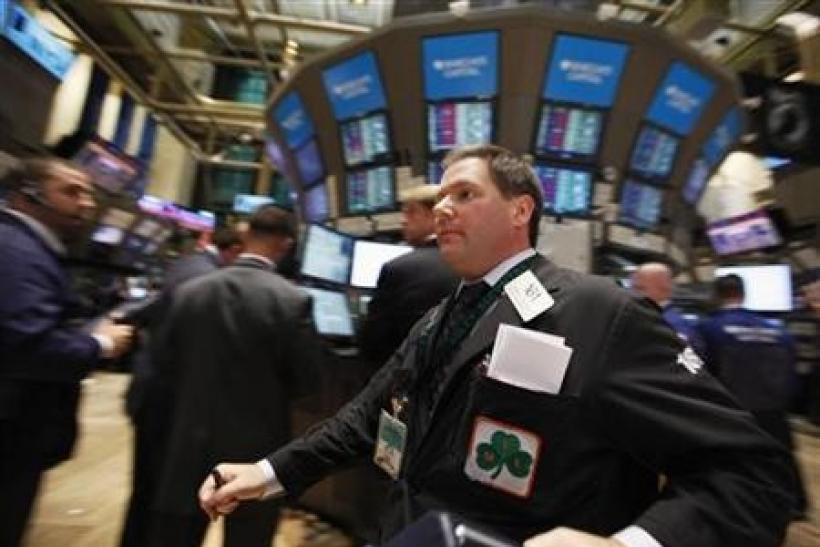 Wall St set to bounce back as Italian yields ease