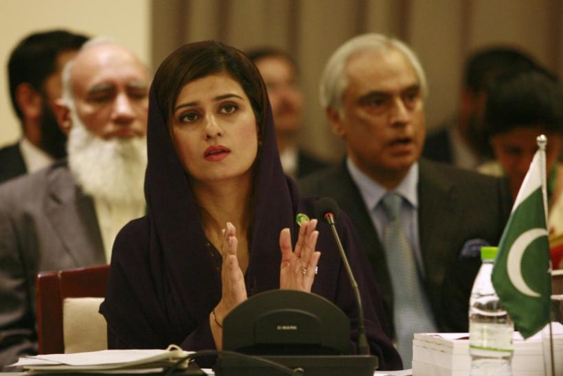 Pakistan's Foreign Minister Khar claps during the SAARC countries foreign ministers meeting in Addu, Maldives