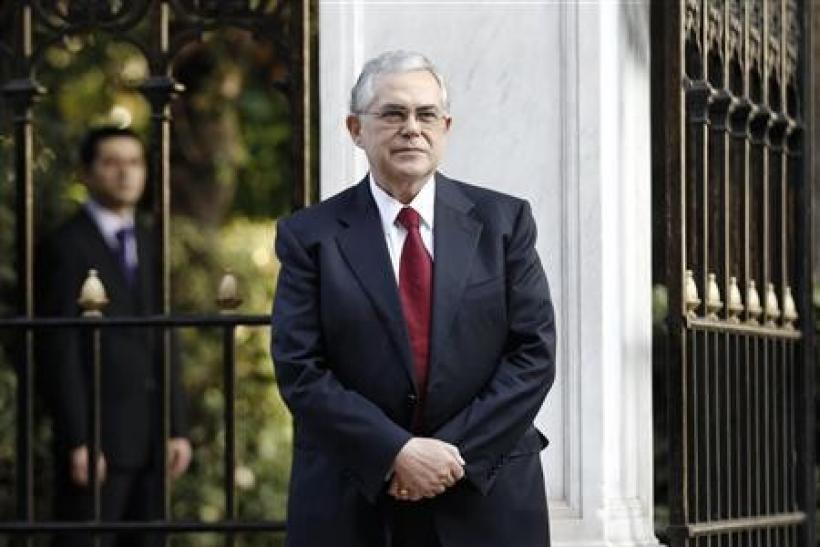 Greeks welcome news on PM, await crisis cabinet