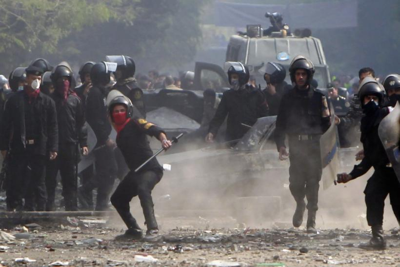 Egyptian protesters struggle to throw off army rule