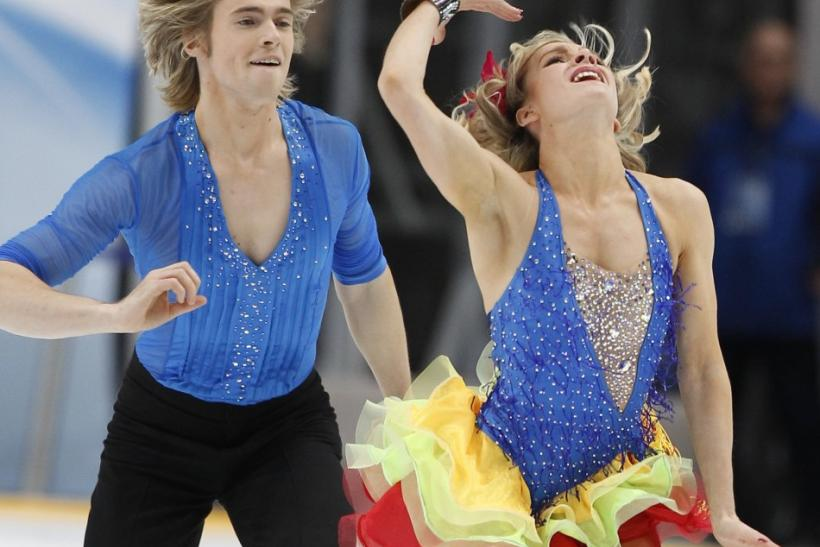 France's Pernelle Carron (R) and Lloyd Jones perform during the Ice Dance short dance at the ISU Grand Prix of Figure Skating Rostelecom Cup in Moscow