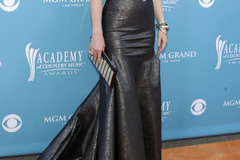 Jennifer Nettles of Sugarland arrives at the 45th annual Academy of Country Music Awards in Las Vegas