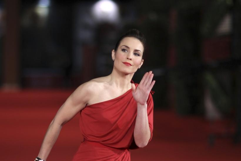 """Actress Noomi Rapace gestures as she arrives on the red carpet for the movie """"Babycall"""""""