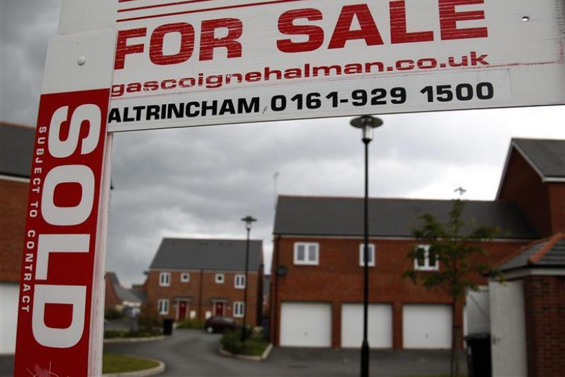 Housing Market Retreats in January but Economists Remain Upbeat