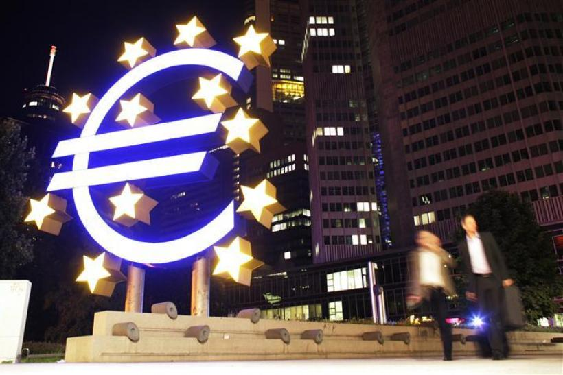 Euro could become world's leading currency: Noyer