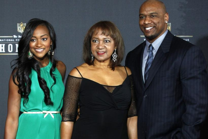 Connie Payton (C) , the wife of NFL legend Walter Payton, and his children Brittney (L) and Jarrett arrive for the inaugural National Football League Honors at Super Bowl XLVI in Indianapolis, Indiana