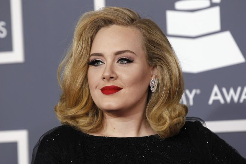 "Adele Grammys 2012 ""Rolling in the Deep"""