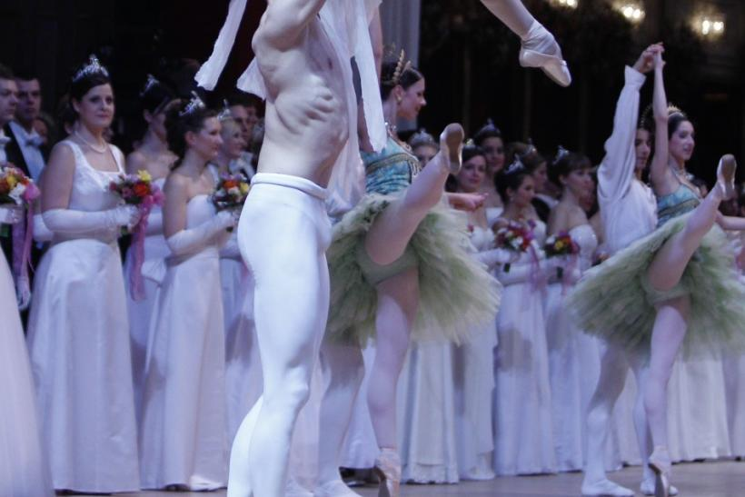Dancers of the state opera ballet perform during the opening ceremony of the traditional Opera Ball (Opernball) in Vienna
