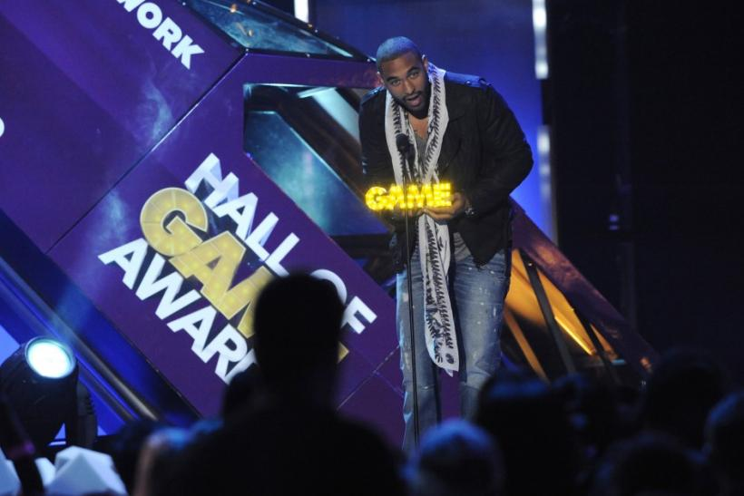 Los Angeles Dodgers' Matt Kemp accepts the In It to Win It award during the Cartoon Network's Hall of Game Awards