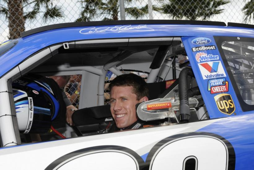 Carl Edwards will lead all drivers when the race beings after winning pole position at last weekend's qualifying event.