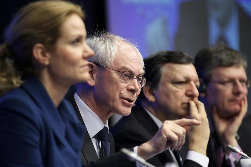 Denmark's PM Thorning-Schmidt, European Council President Van Rompuy and European Commission President Barroso hold a news conference after a tripartite social summit in Brussels