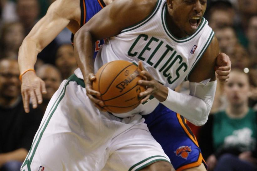 Jeremy Lin guards Paul Pierce