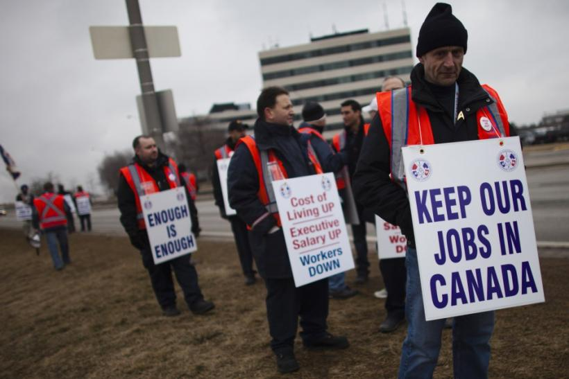Picket Line at Toronto airport