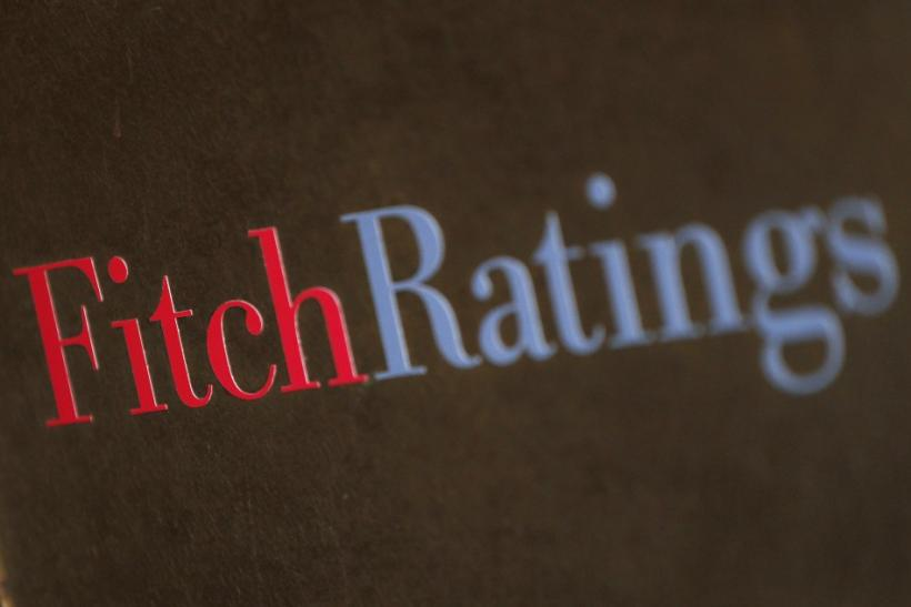 Fitch upgraded Greece to B- rating