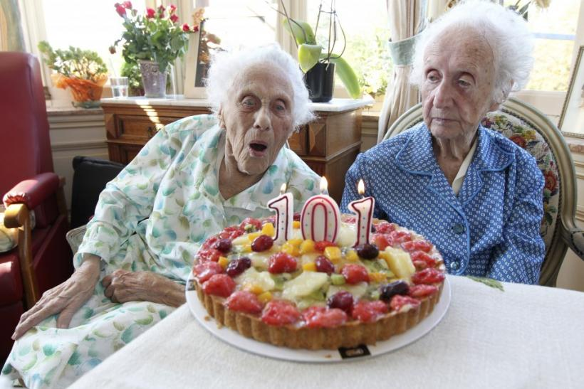 Marie (L) and Gabrielle (R) Vaudremer, 101-year-old Belgian twins