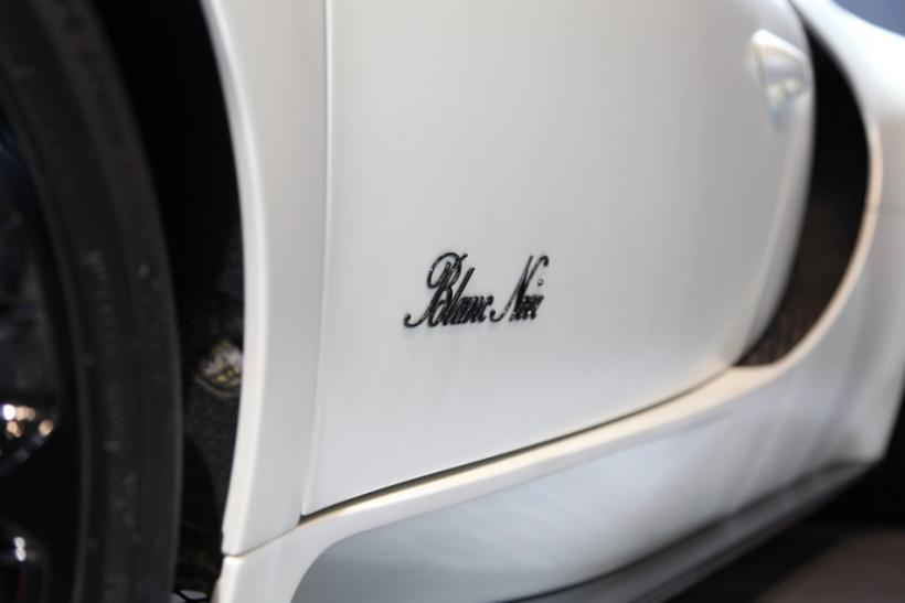 Side panel of the 2012 Bugatti Veyron Blanc Noir at the New York International Auto Show 2012.