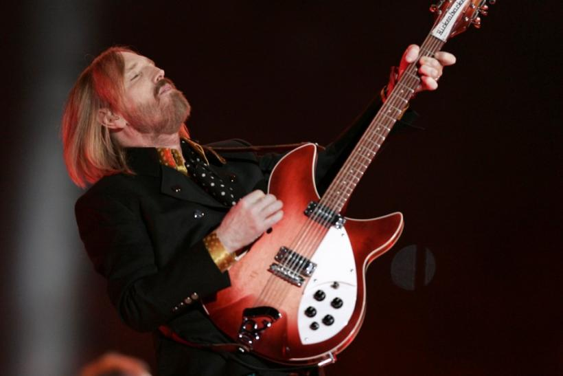 tom petty guitars stolen 7 500 reward offered 39 with no questions asked 39. Black Bedroom Furniture Sets. Home Design Ideas