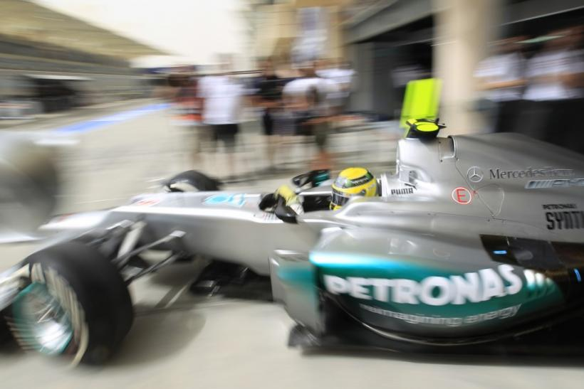 Watch live coverage of qualifying for the 2012 Formula One Bahrain Grand Prix.
