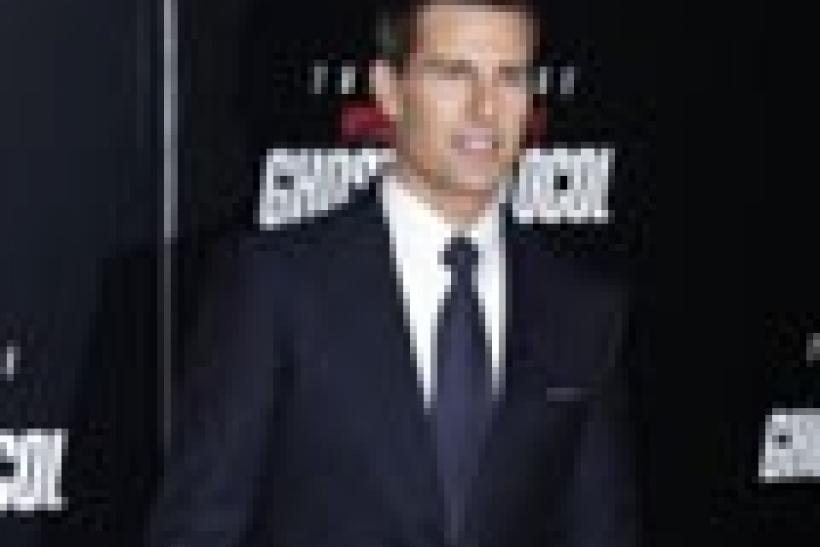 Tom Cruise Gets Squirted
