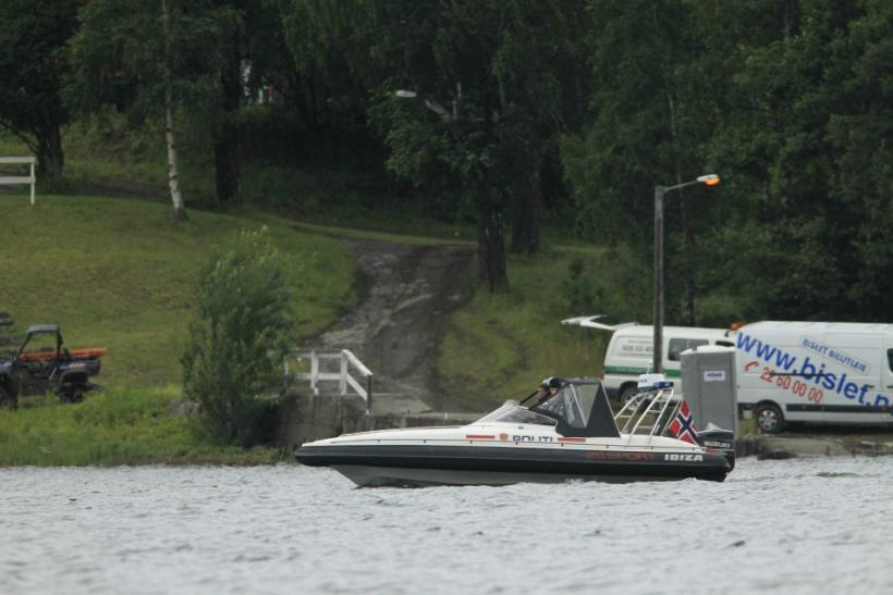 Police continue their investigations on the Utoeya island in the Tyrifjorden lake