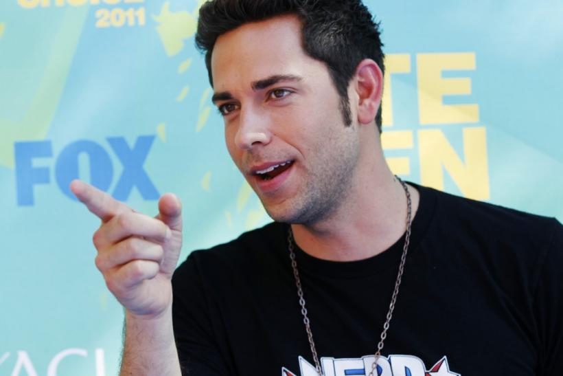 Actor Zachary Levi arrives at the Teen Choice Awards in Los Angeles