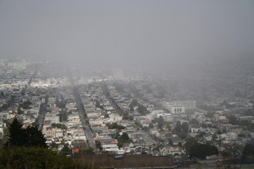 Twin Peaks: Foggy San Francisco and Colorful Hillside Houses