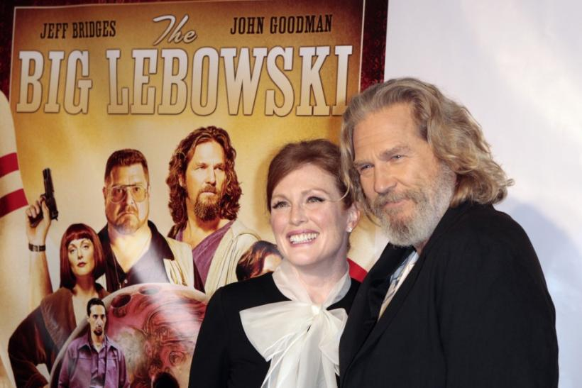 Jeff Bridges and Julianne Moore