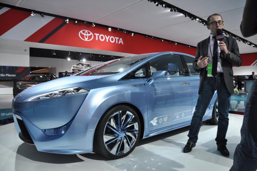 Toyota FCV-R hydrogen fuel cell vehicle