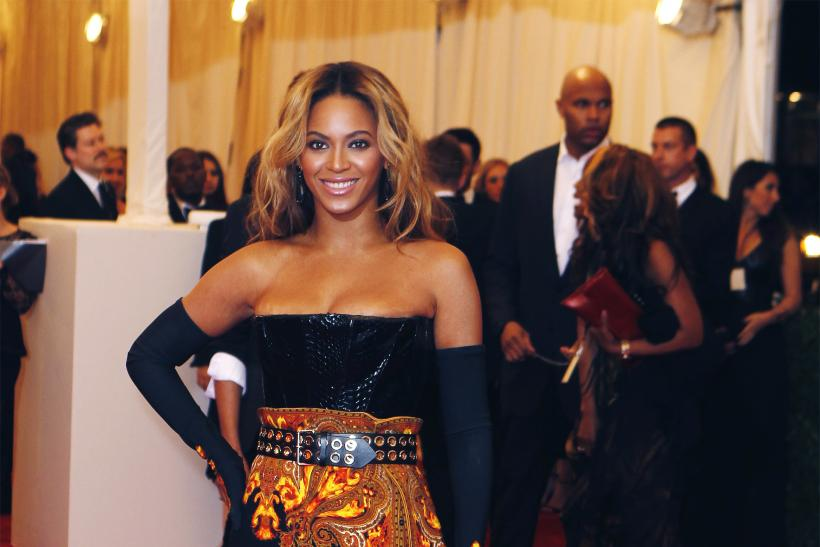 Beyoncé At 2013 Met Gala